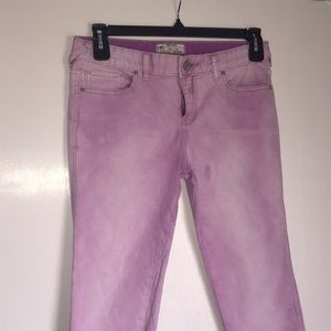 Faded out lilac ankle jeans